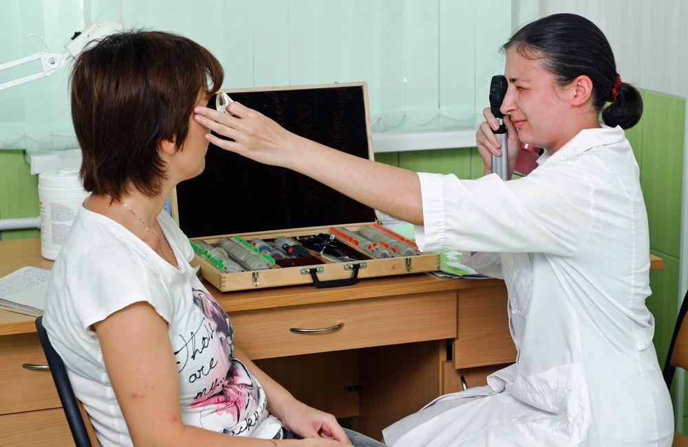 Операция катаракты: противопоказания
